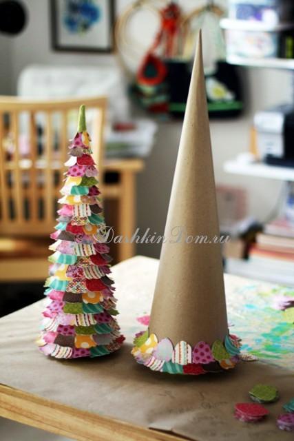 Новогодняя елочка из картона своими руками