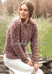 теплый пуловер с косами