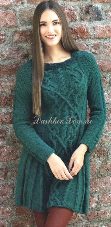 Платье из буклированной пряжи спицами